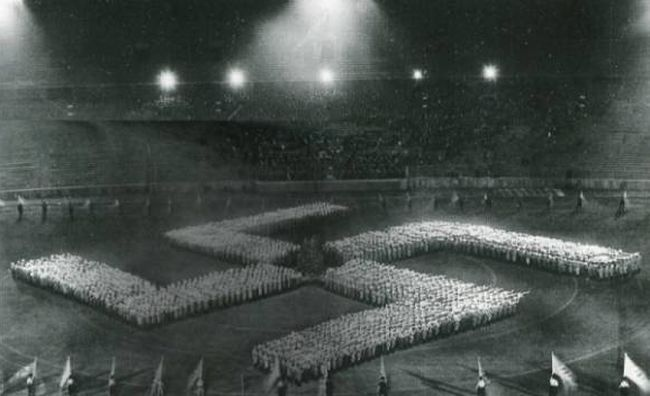 Leni Riefenstahl, Le triomphe de la volonté, 1935